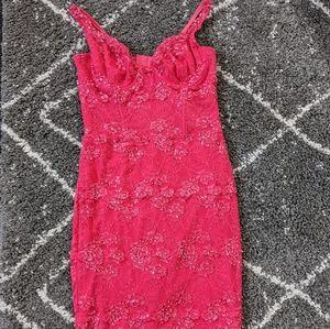 😍Gorgeous beaded lace dress sz: M EUC